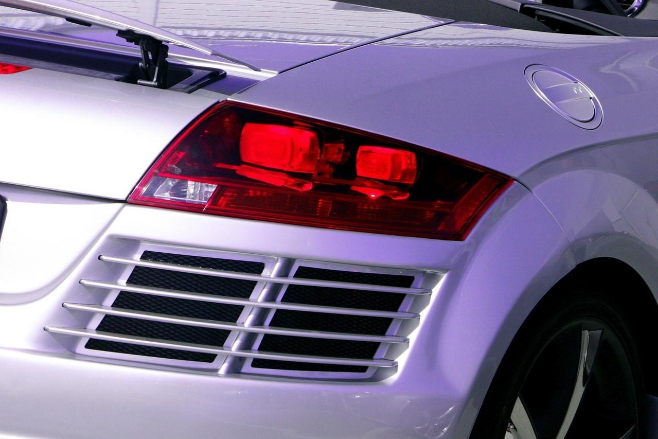Czyszczenie auta – samodzielnie czy z pomocą profesjonalistów?